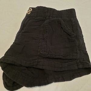 Rewind Sz 9 black shorts